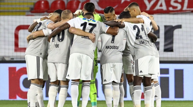 2020 - 2021 sezonu şampiyonu Beşiktaş oldu