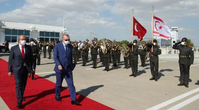 Mustafa Akıncı'dan Erdoğan'a Külliye eleştirisi: Binaya değil refaha bakın