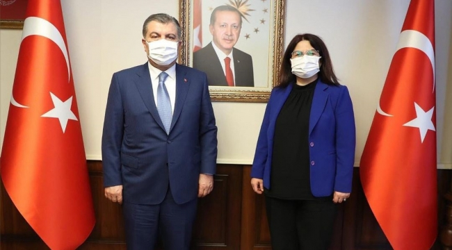 Sağlık Bakanı Fahrettin Koca'dan Koronavirüse kalıcı çözüm önerisi