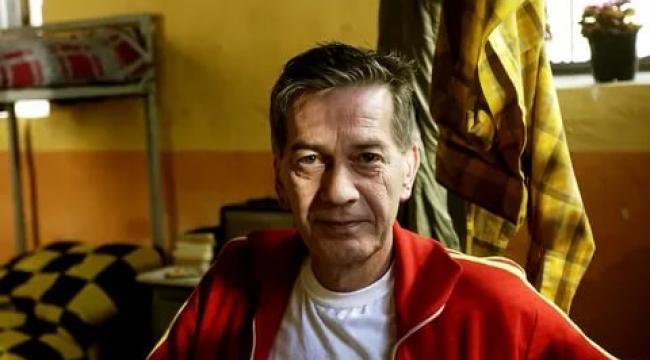 Usta tiyatrocu Ferhan Şensoy'un Bodrum'da hastaneye kaldırıldığı öğrenildi
